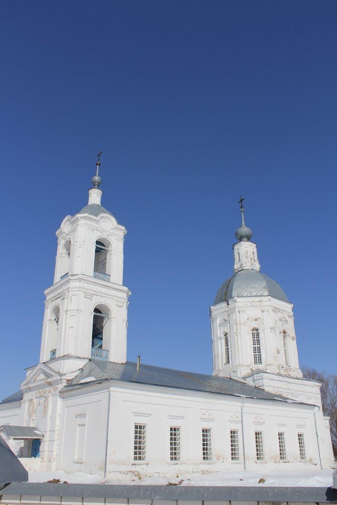 Храм Покрова Пресвятой Богородицы Год постройки храма 1799 год, возобновились службы 1993 года