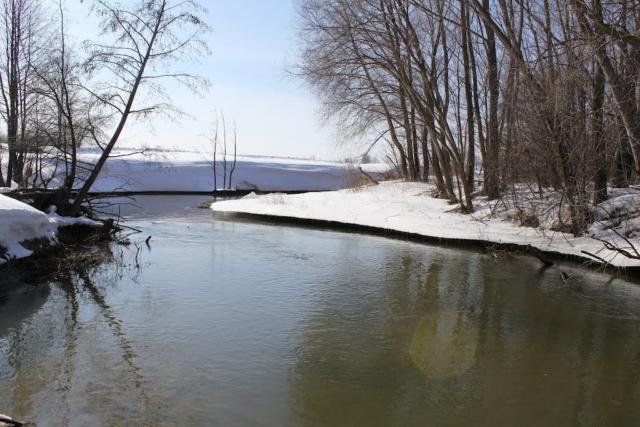 Вид с моста на реку Сатис.